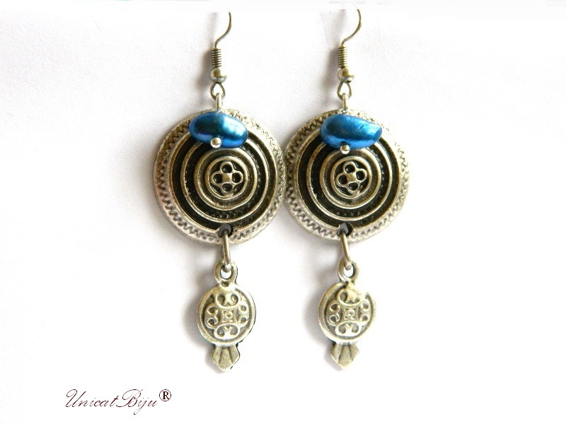 cercei placati argint, semipretioase, perle keshi albastre, statement, boho style, etnic, unicatbiju