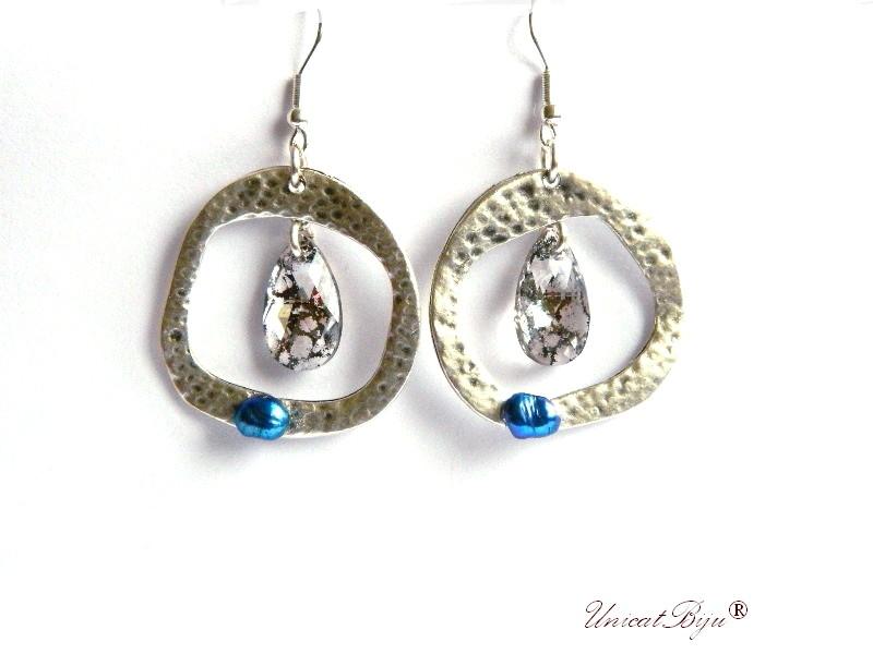 cercei statement, boho style, bijuterii semipretioase unicat, argintati, cristale swarovski, perle albastre, unicatbiju